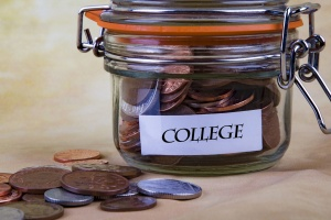 financial-concept-college